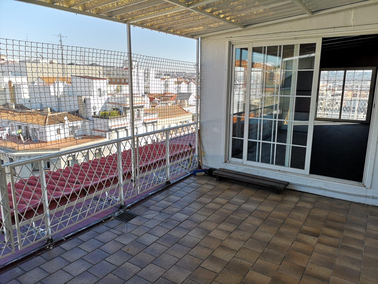 Piso en Alquiler en Avenida Ciudad de Barcelona, Pacífico, Retiro, Madrid